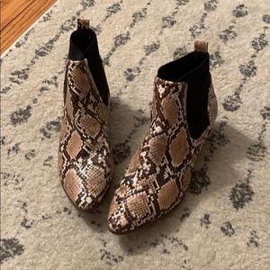 Quips snakeskin booties
